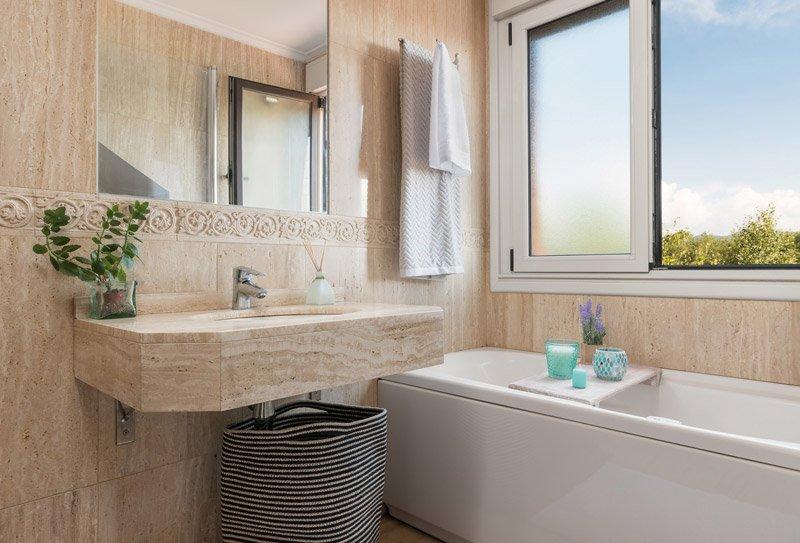 5 trucos para renovar cocinas y ba os sin obra atico for Remodelar bano sin obra