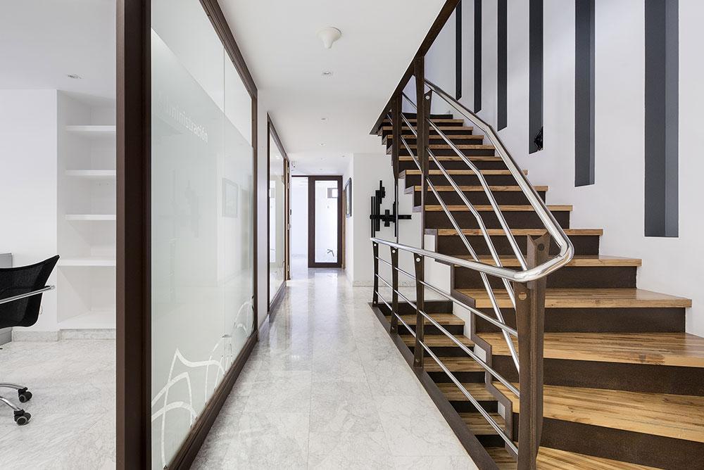 escaleras-oficinas-oviedo